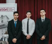 Az Estöri kreatív történelmi versenyen, döntőbe került iskolánk csapata.