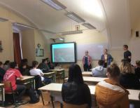 Nemzetközi diákcsoport a Széchenyiben