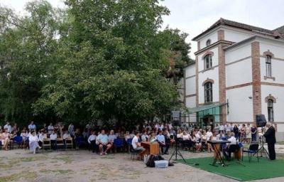 Miért jó a Szegedi Baptista Középiskola diákjainak? (Délmagyar cikk)