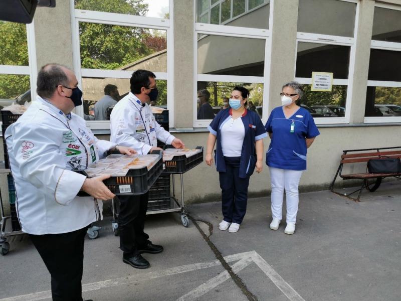 Az Illéssy-iskola köszönete az egészségügyben dolgozóknak