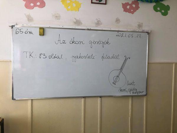 5. osztály,ének óra,Az ókori görög zene eredet Tanár :Bernadett Gadzsa