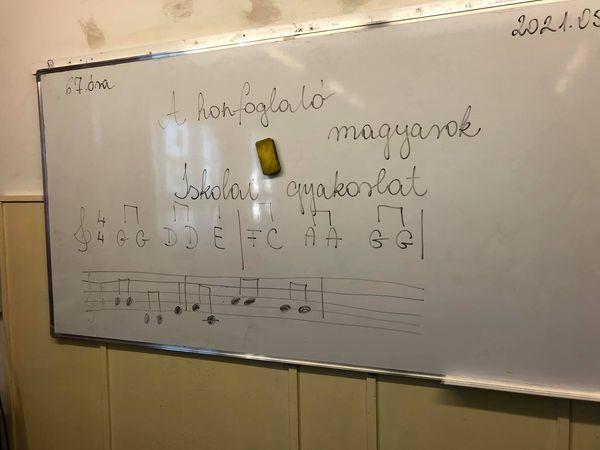 67. ének óra,5.osztály,A honfoglaló magyarok Tanár: Bernadett Gadzsa